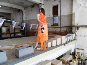 Oranje voetbal set te koop bij Veldt Restpartijen te Heerle